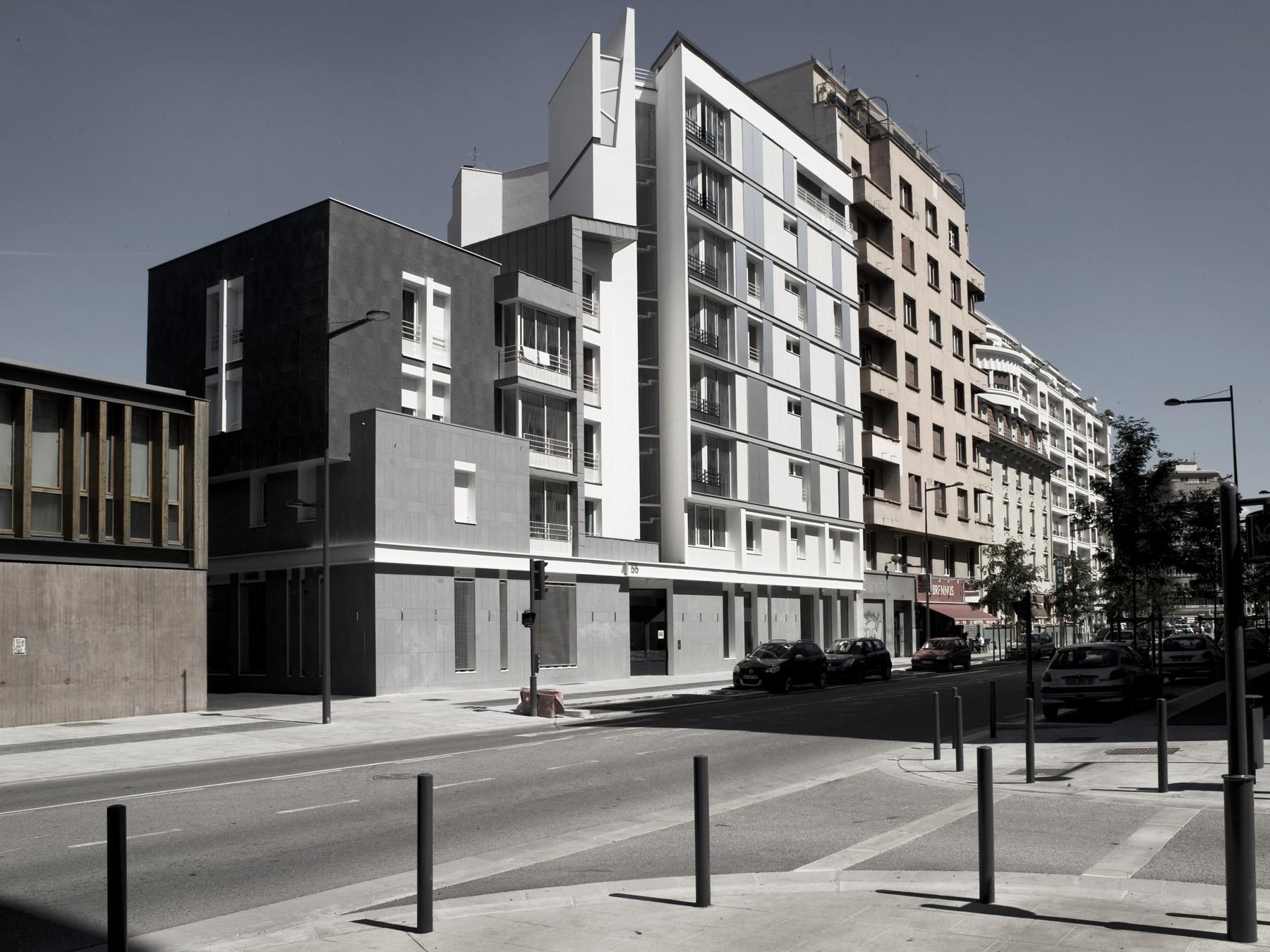 Janik architecte zac de bonne grenoble for Architecte chambre de bonne